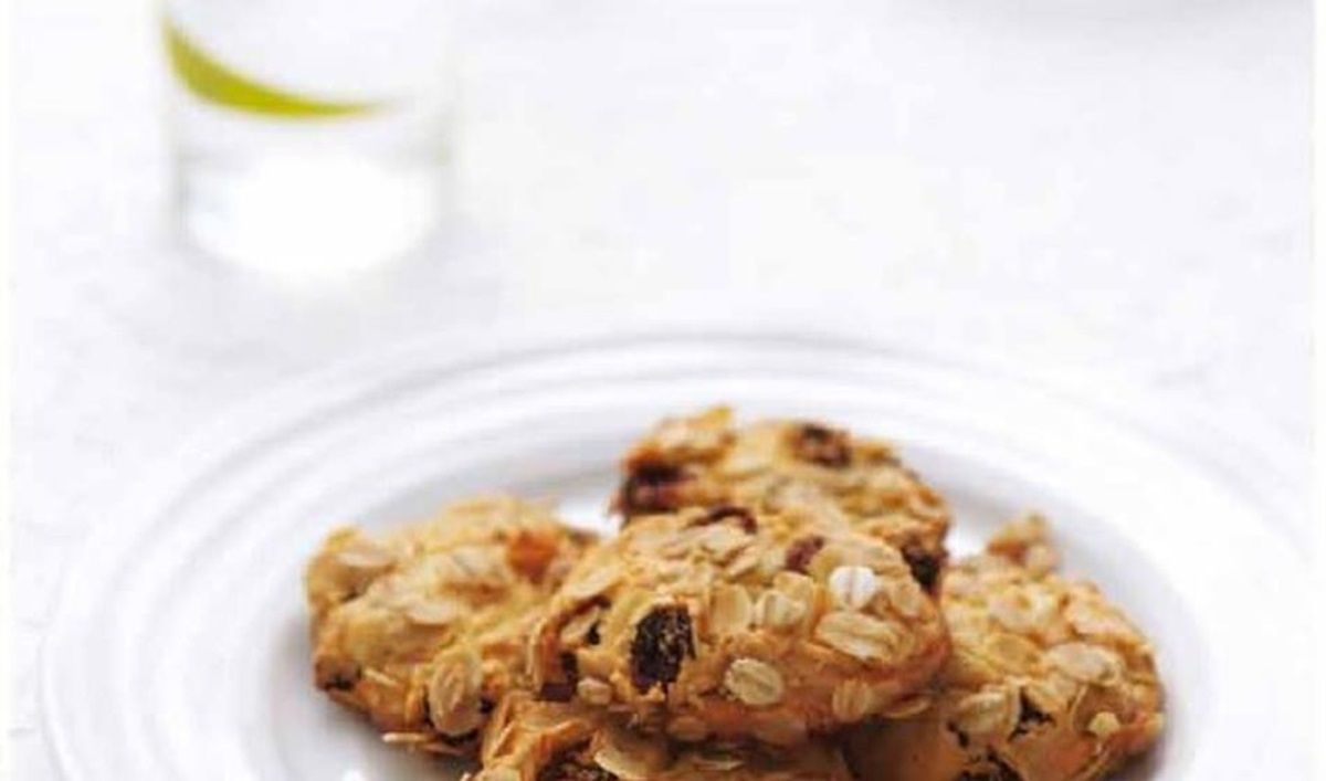 recipe image Oat & sultana biscuits